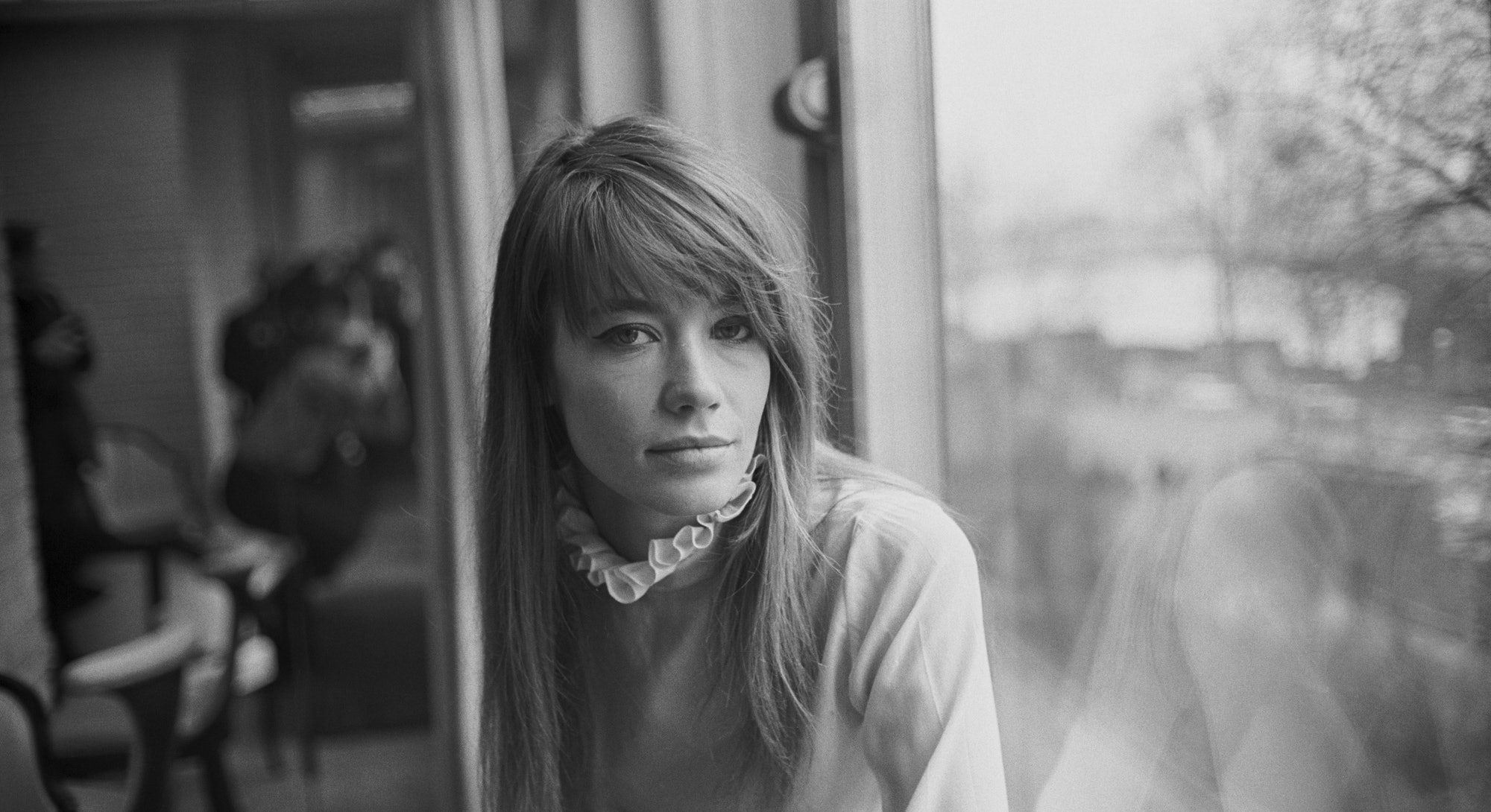 French singer-songwriter Francoise Hardy, UK, 9th February 1968. (Photo by Daily Express/Getty Images)