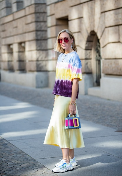 From tie-dye tops to cutoff denim shorts, read on for every '90s DIY fashion trend you're going to want to try — STAT.