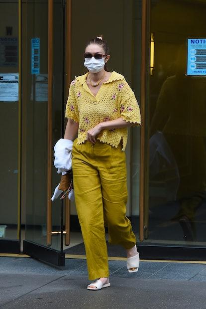 NEW YORK, NEW YORK - JUNE 04: Gigi Hadid is seen in Manhattan on June 04, 2021 in New York City. (Photo by Robert Kamau/GC Images)