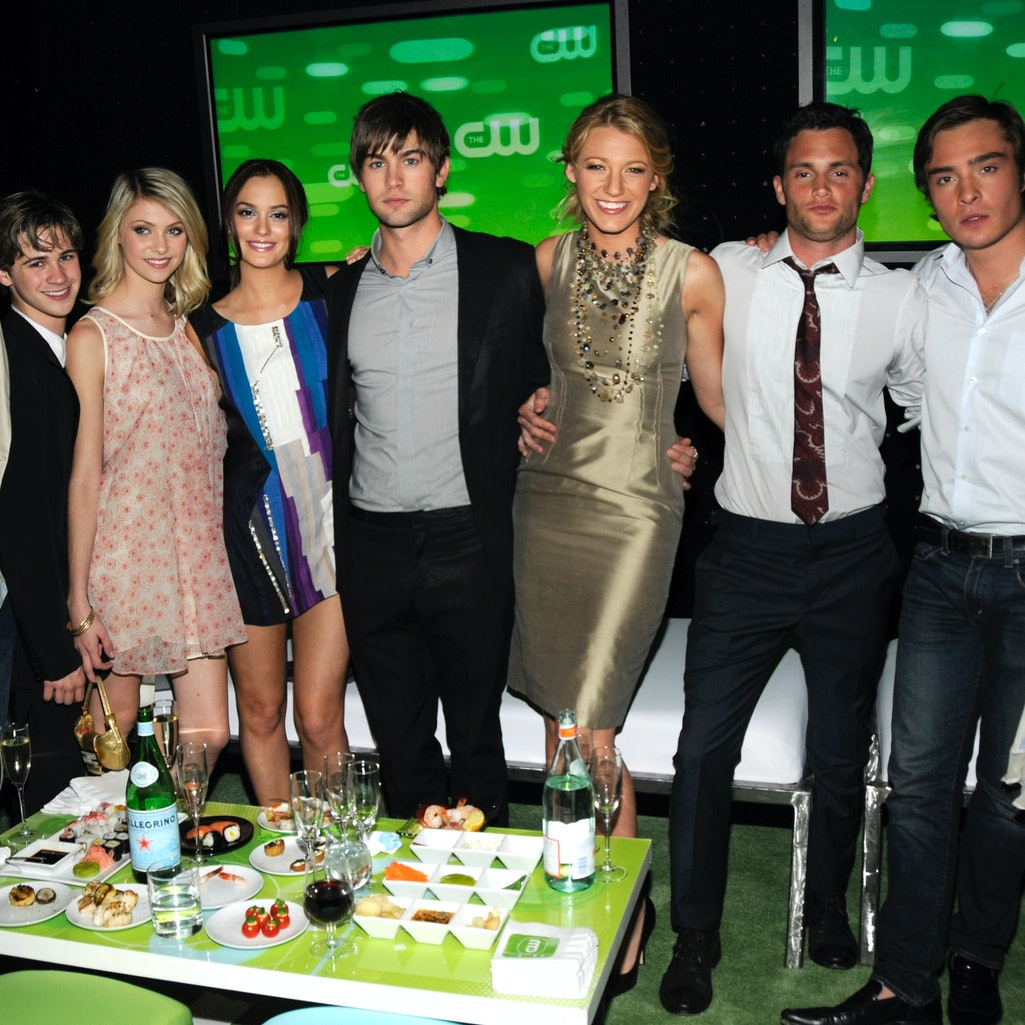 Gossip Girl creators Stephanie Savage and Josh Schwartz, who also created The O.C., reunite for the ...