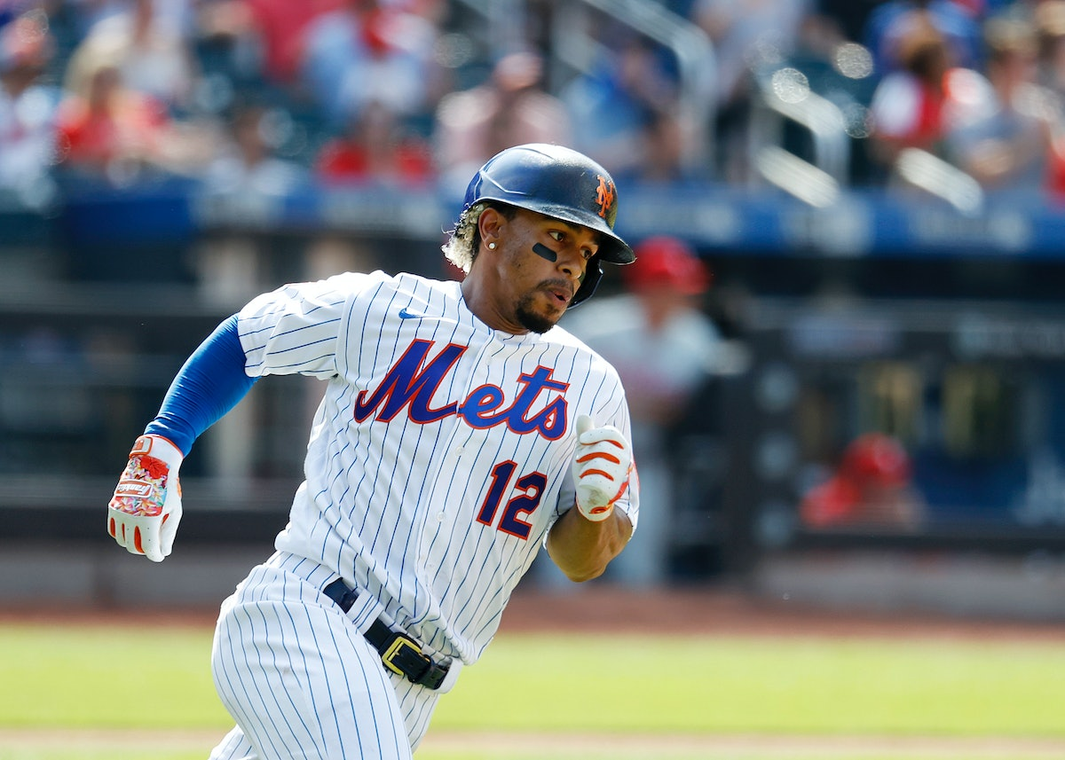 NEW YORK, NEW YORK - JUNE 27:  Francisco Lindor #12 of the New York Mets hits a double in the eigth ...