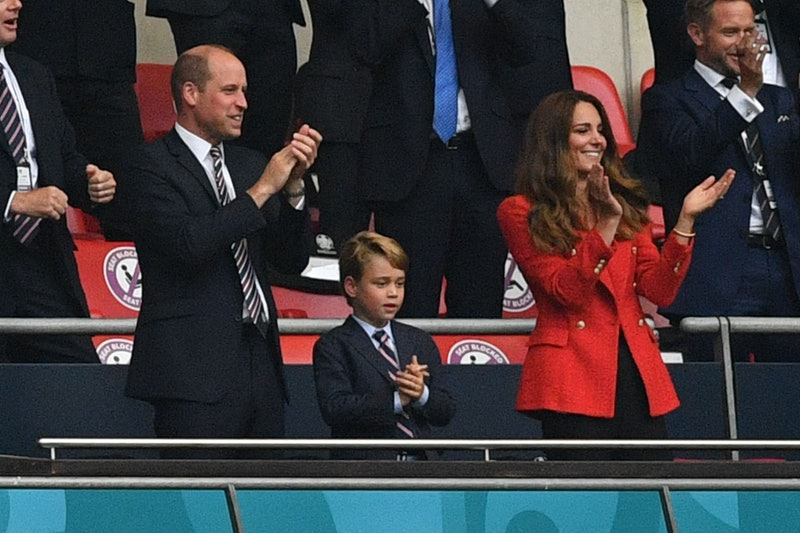 TOPSHOT - (L to R) Prince William, Duke of Cambridge, Prince George of Cambridge, and Catherine, Duchess of Cambridge, celebrate the first goal in the UEFA EURO 2020 round of 16 football match between England and Germany at Wembley Stadium in London on June 29, 2021. (Photo by JUSTIN TALLIS / POOL / AFP) (Photo by JUSTIN TALLIS/POOL/AFP via Getty Images)