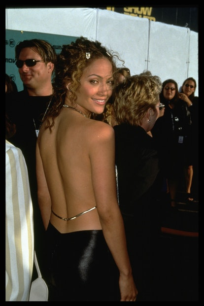 (Original Caption) Jennifer Lopez arrives. (Photo by Ronald Siemoneit/Sygma/Sygma via Getty Images)