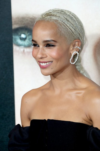 Zoe Kravitz is one of the many celebs that look gorge with bleached hair.