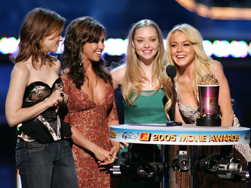 """Rachel McAdams, Lacey Chabert, Amanda Seyfried and Lindsay Lohan, winners for On-Screen Team Award for """"Mean Girls"""" (Photo by J. Shearer/WireImage)"""