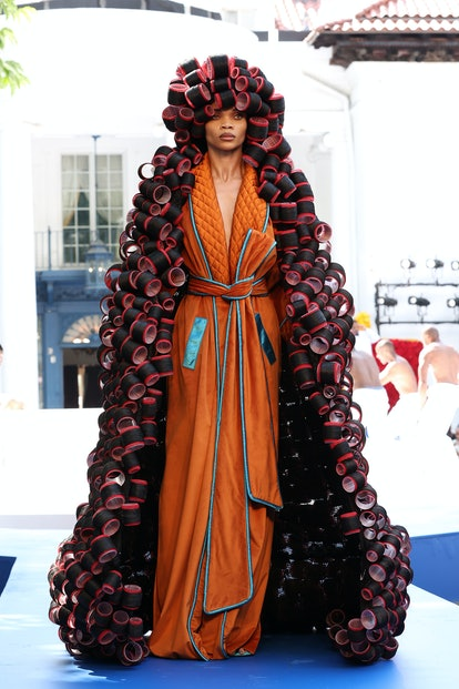 From Pyer Moss's roller coat to Schiaparelli's toe shoes, find the top moments from Fall 2021 Coutur...