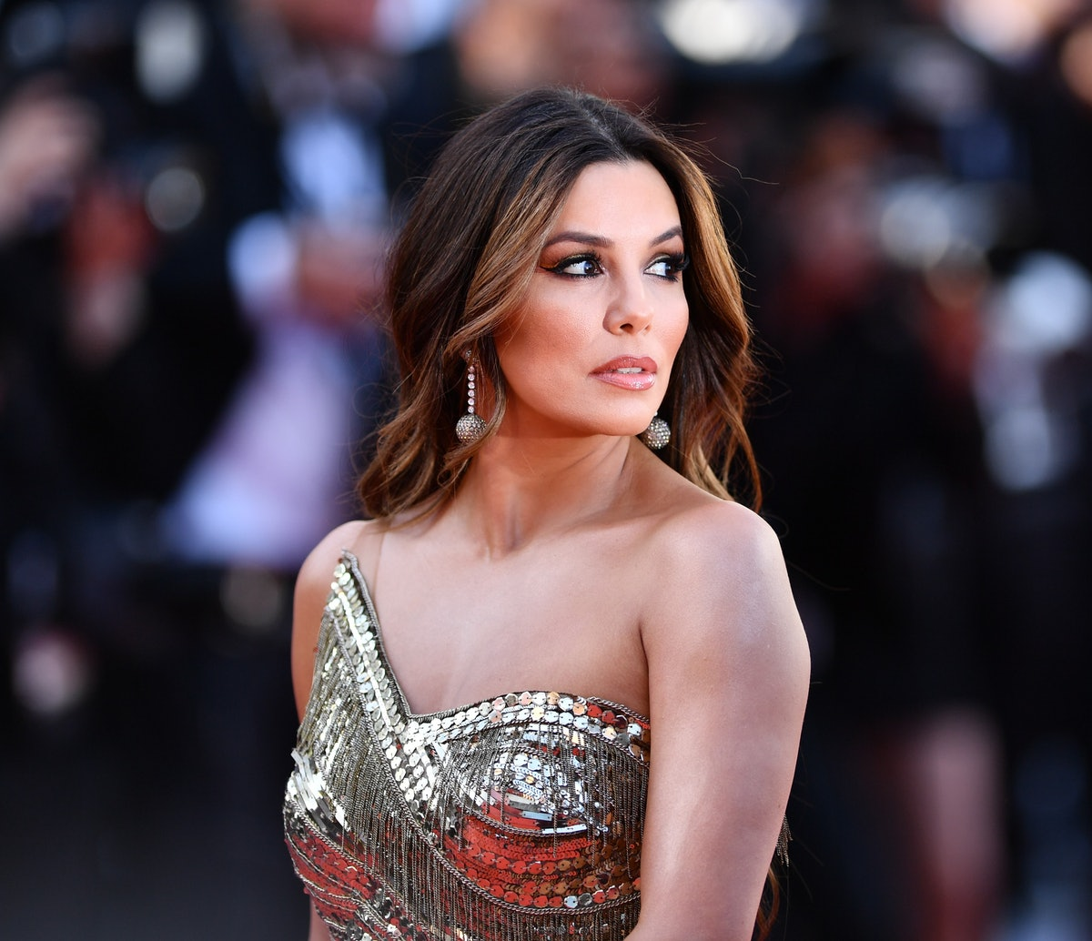 Eva Longoria is a kinky celebrity who likes to be tied up with scarves.