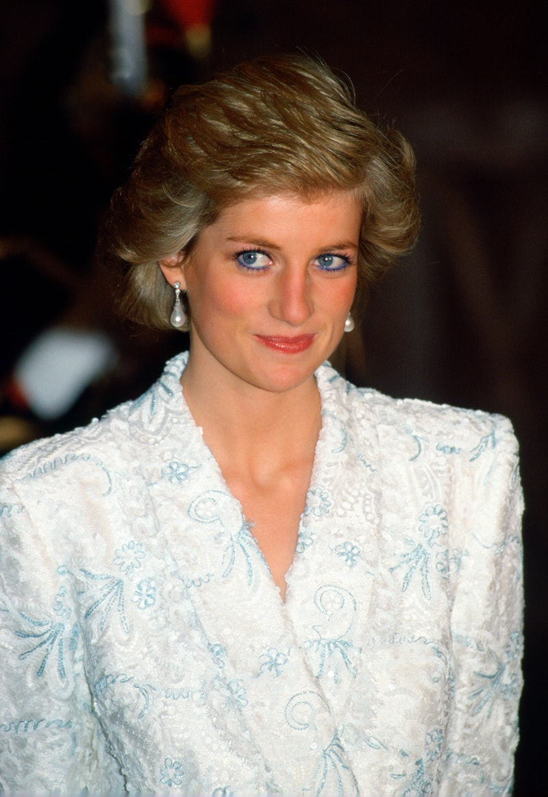 FRANCE - NOVEMBER 09:  Diana, Princess  Of Wales, Wearing A White And Blue Lace And Sequin Evening Coat-dress Designed By Catherine Walker For A Dinner At The Chateau De Chambord During Her Official Visit To France.  (Photo by Tim Graham Photo Library via Getty Images)