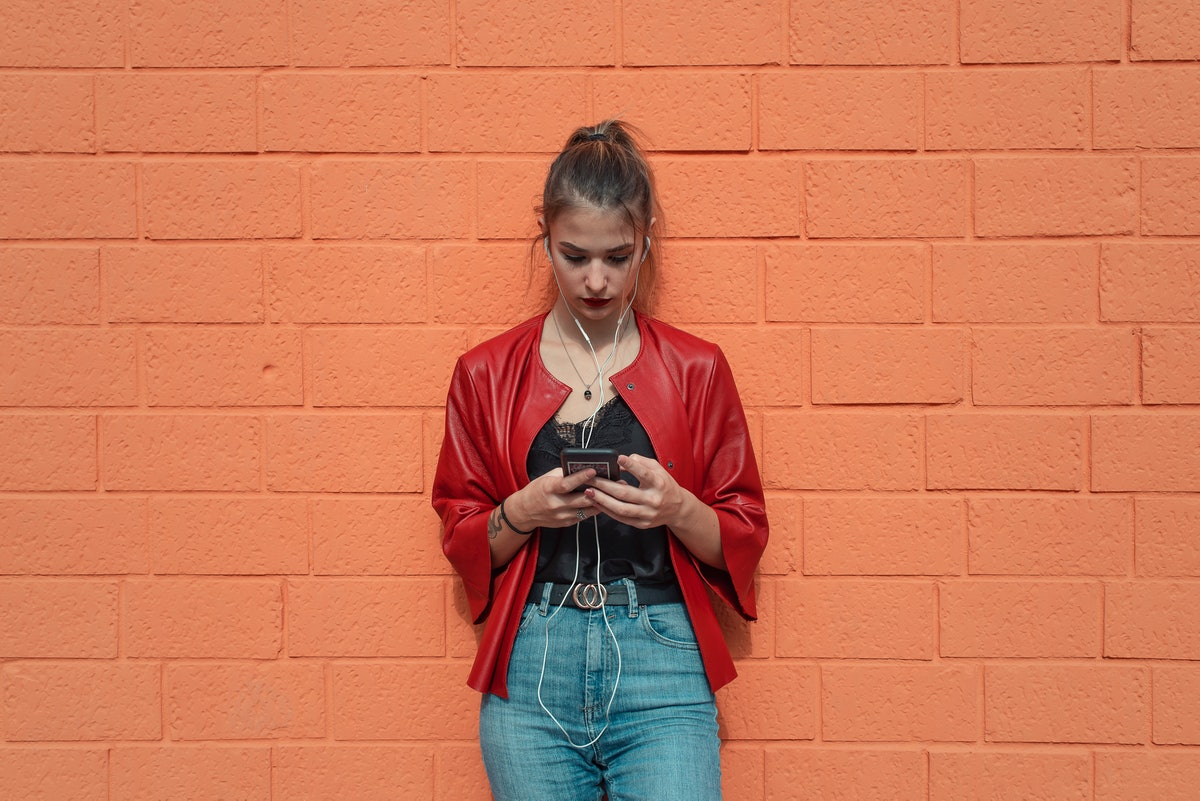 If your partner ignores your text and calls, here's how to deal with it.