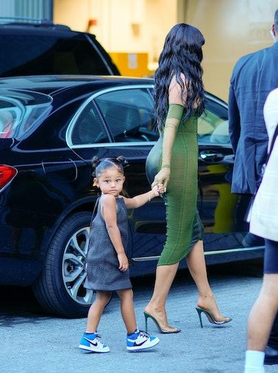 NEW YORK, NEW YORK - JUNE 15: Kylie Jenner, Travis Scott, Stomi Webster arrive Parson's Benefit at T...