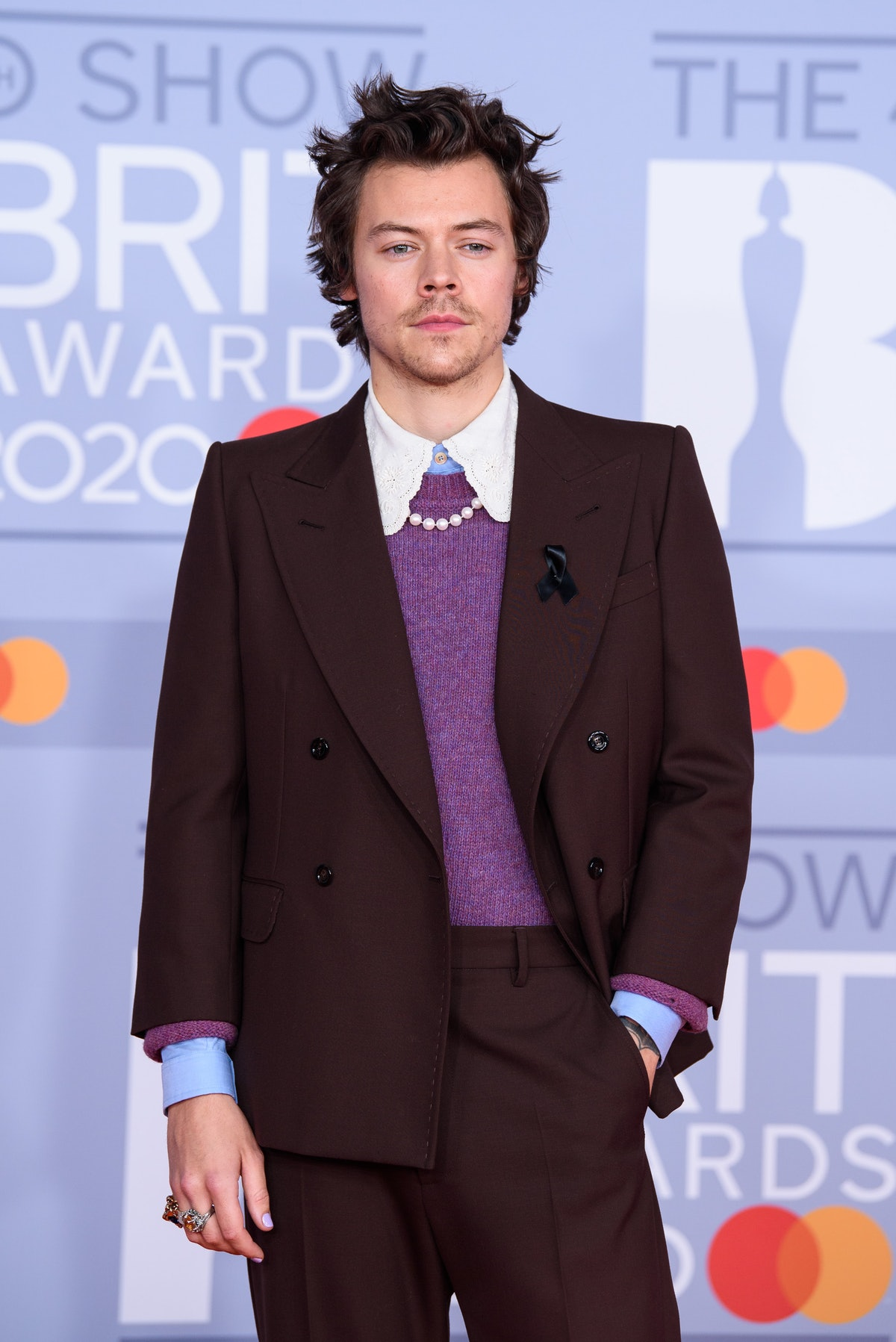 LONDON, ENGLAND - FEBRUARY 18: (EDITORIAL USE ONLY) Harry Styles attends The BRIT Awards 2020 at The O2 Arena on February 18, 2020 in London, England. (Photo by Joe Maher/Getty Images for Bauer Media)