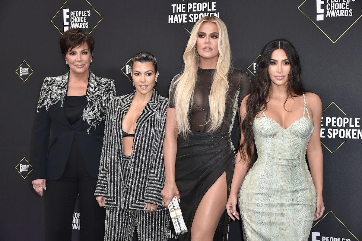 SANTA MONICA, CALIFORNIA - NOVEMBER 10: Kris Jenner, Kourtney Kardashian, Khloe Kardashian and Kim K...