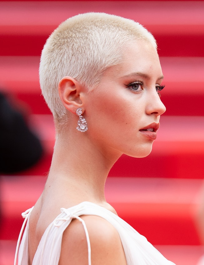 """CANNES, FRANCE - JULY 12: Iris Law attends the """"The French Dispatch"""" screening during the 74th annual Cannes Film Festival on July 12, 2021 in Cannes, France. (Photo by Samir Hussein/WireImage)"""