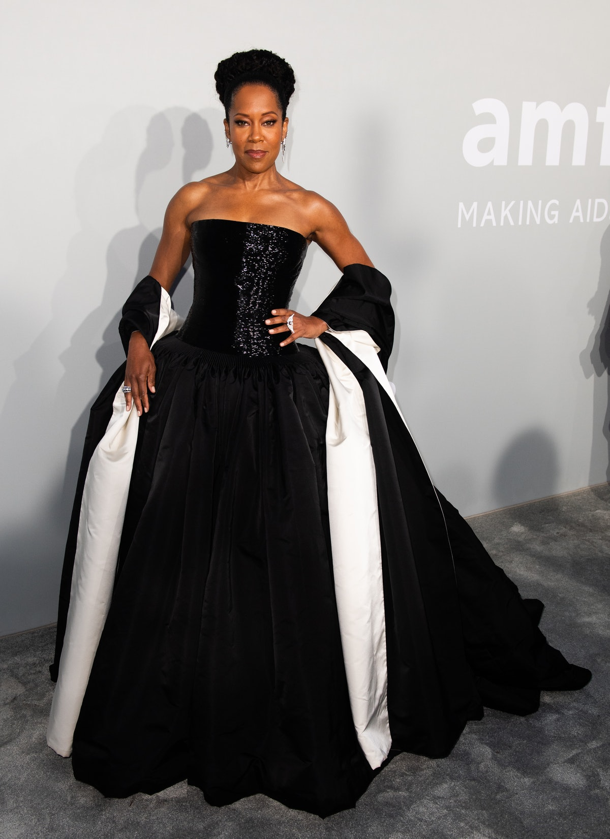 CAP D'ANTIBES, FRANCE - JULY 16: Regina King attends the amfAR Cannes Gala 2021 during the 74th Annual Cannes Film Festival at Villa Eilenroc on July 16, 2021 in Cap d'Antibes, France. (Photo by Samir Hussein/WireImage)