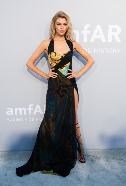 CAP D'ANTIBES, FRANCE - JULY 16: Stella Maxwell attends the amfAR Cannes Gala 2021 during the 74th A...