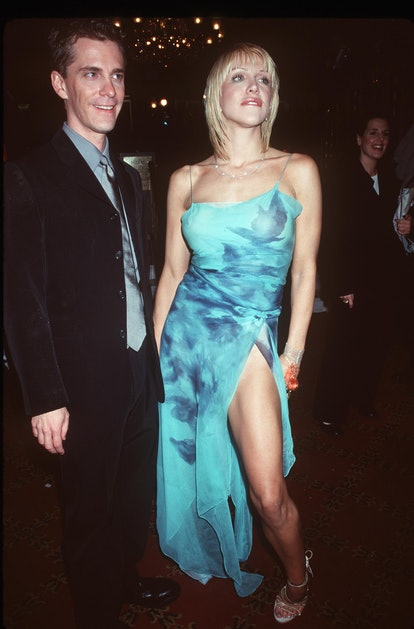 """373730 01: 12/7/99 New York, NY Courtney Love and Jim Barber at the premiere of """"Man on the Moon."""" P..."""