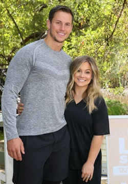 MALIBU, CA - SEPTEMBER 21: Olympic Gold Medalist Shawn Johnson and Andrew East co-host the Everyday Heroes Workout with Livestrong.com and Del Monte held at Calamigos Ranch on September 21, 2017 in Malibu, California. (Photo by JB Lacroix/ Getty Images)