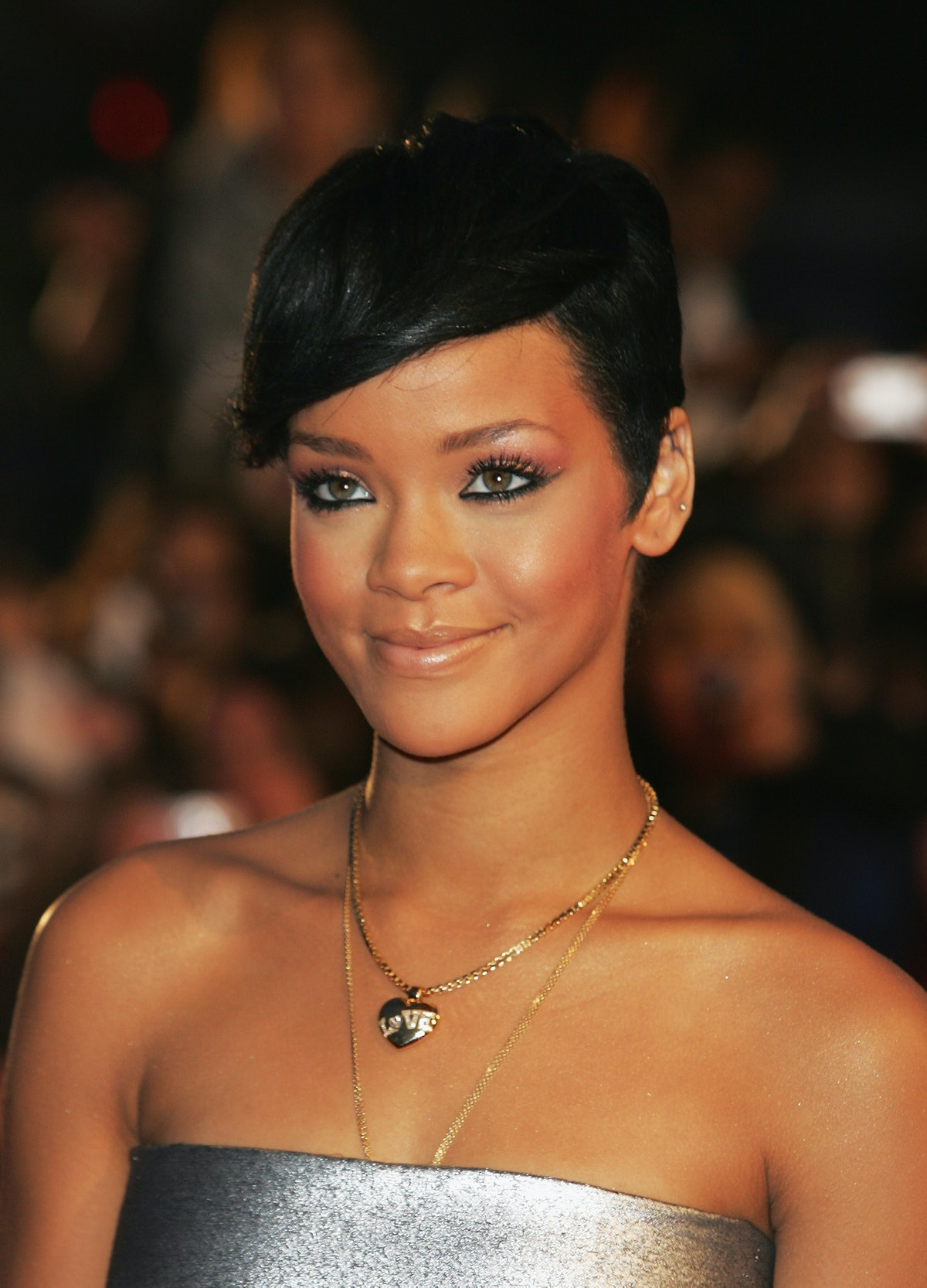 Rihanna arrives at the Brit Awards 2008