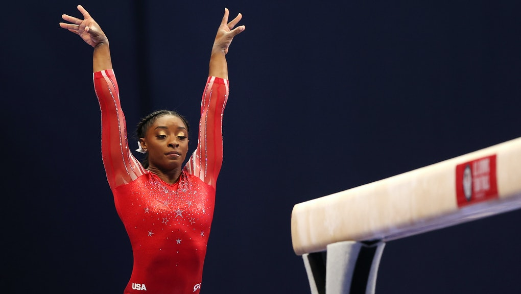 ST LOUIS, MISSOURI - JUNE 27: Simone Biles competes on the balance beam during the Women's competiti...