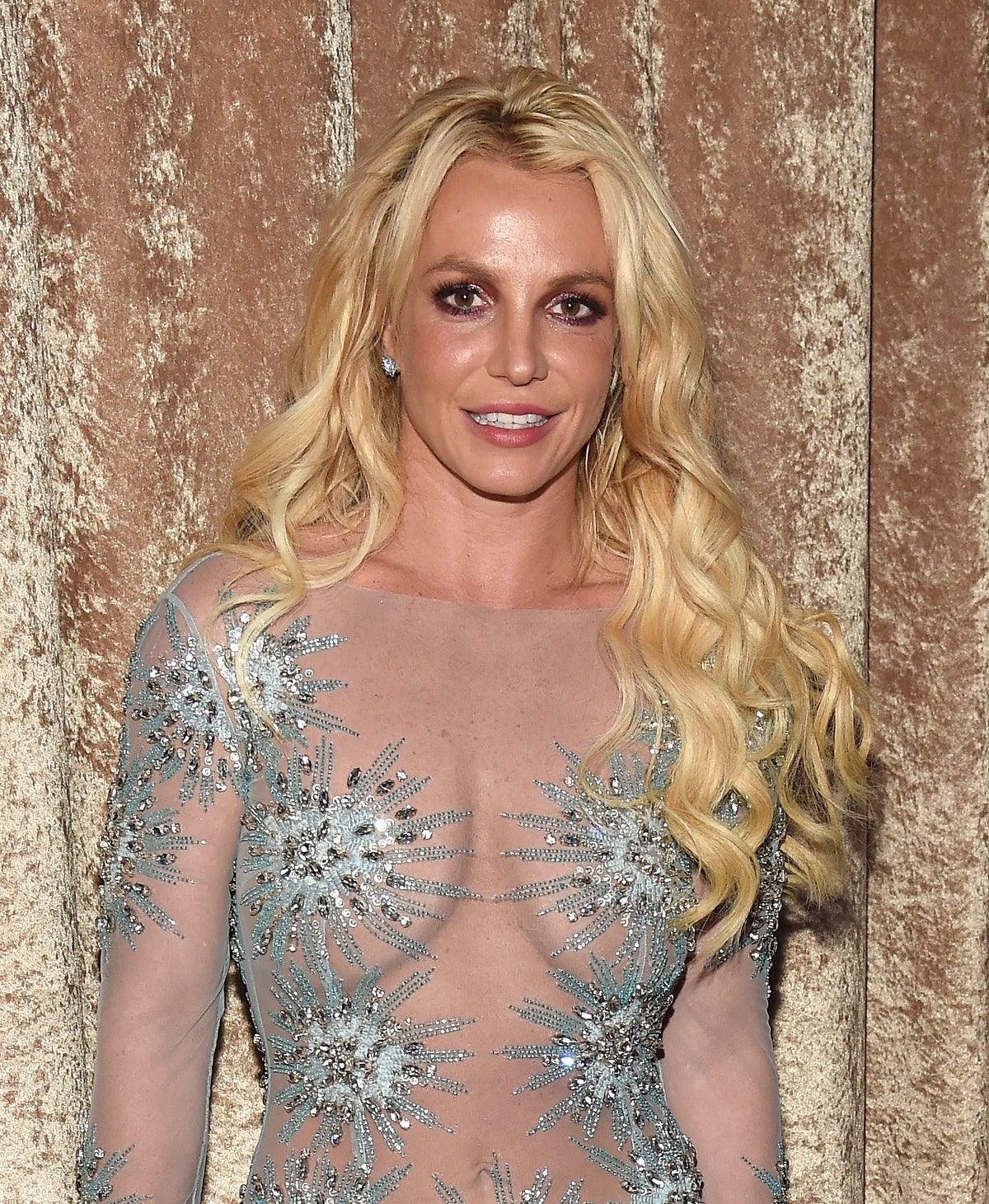 LOS ANGELES, CA - FEBRUARY 11:  Britney Spears attends Pre-GRAMMY Gala and Salute to Industry Icons ...