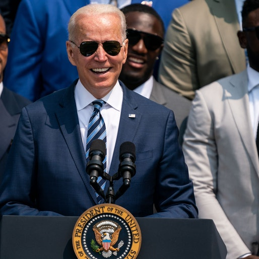 WASHINGTON, DC - JULY 20: President Joe Biden welcomes the Tampa Bay Buccaneers to the White House to honor the team for their Super Bowl LV Championship during an event on the South Lawn of the White House campus on Tuesday, July 20, 2021. (Kent Nishimura / Los Angeles Times via Getty Images)