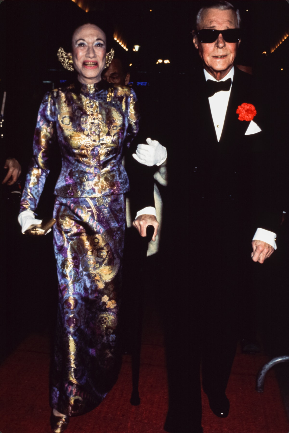 The Duke and Duchess of Windsor step out circa 1960.