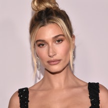 """LOS ANGELES, CALIFORNIA - JANUARY 27: Hailey Bieber attends the premiere of YouTube Original's """"Justin Bieber: Seasons"""" at the Regency Bruin Theatre on January 27, 2020 in Los Angeles, California. (Photo by Alberto E. Rodriguez/Getty Images)"""