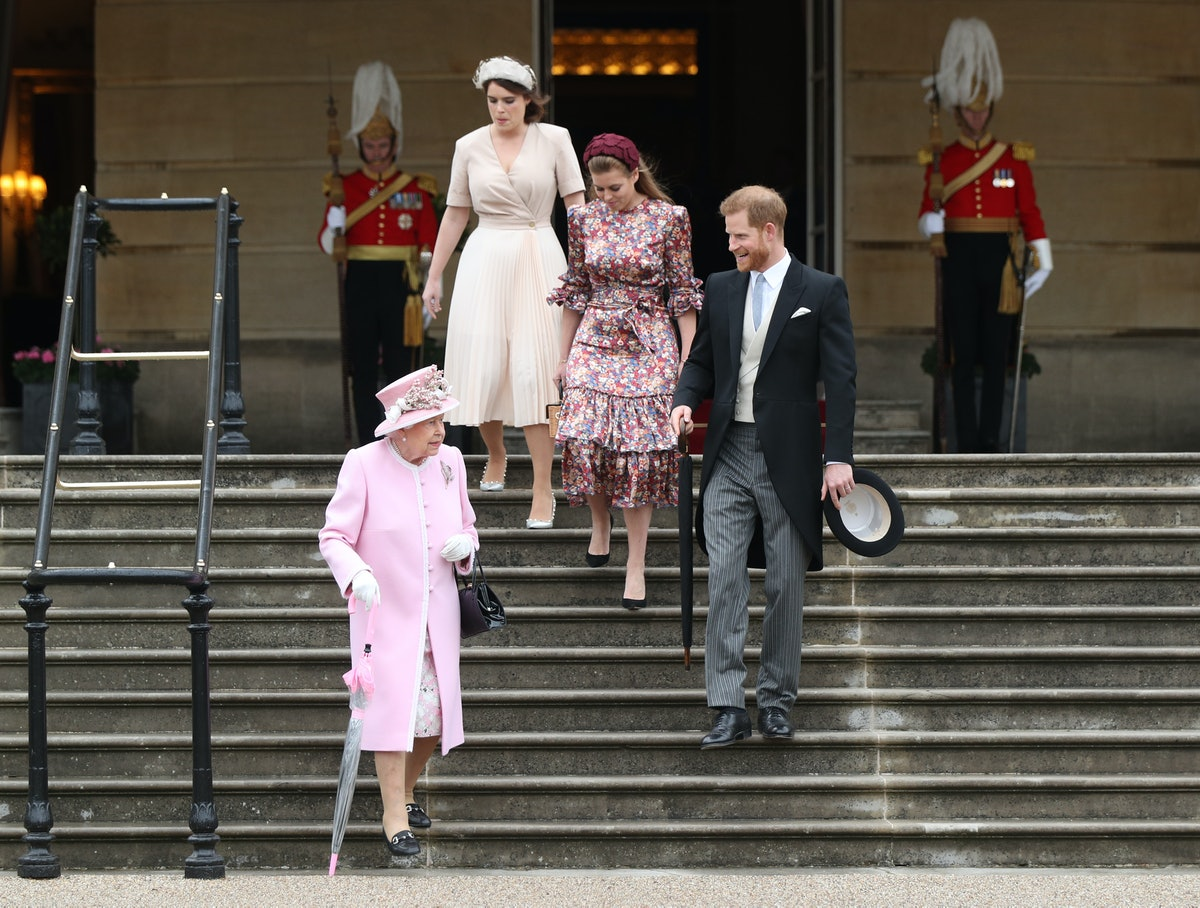 Britain's Queen Elizabeth II, Britain's Prince Harry, Duke of Sussex, Britain's Princess Eugenie of York (top-L) and Britain's Princess Beatrice of York (2R) arrive at the Queen's Garden Party in Buckingham Palace, central London on May 29, 2019. (Photo by Yui Mok / POOL / AFP)        (Photo credit should read YUI MOK/AFP via Getty Images)