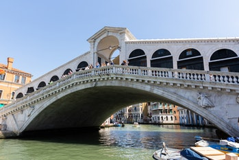 The ancient Rialto Bridge, on the Grand Canal. Venice (Italy), June 1st, 2021 (Photo by Marta Carenz...