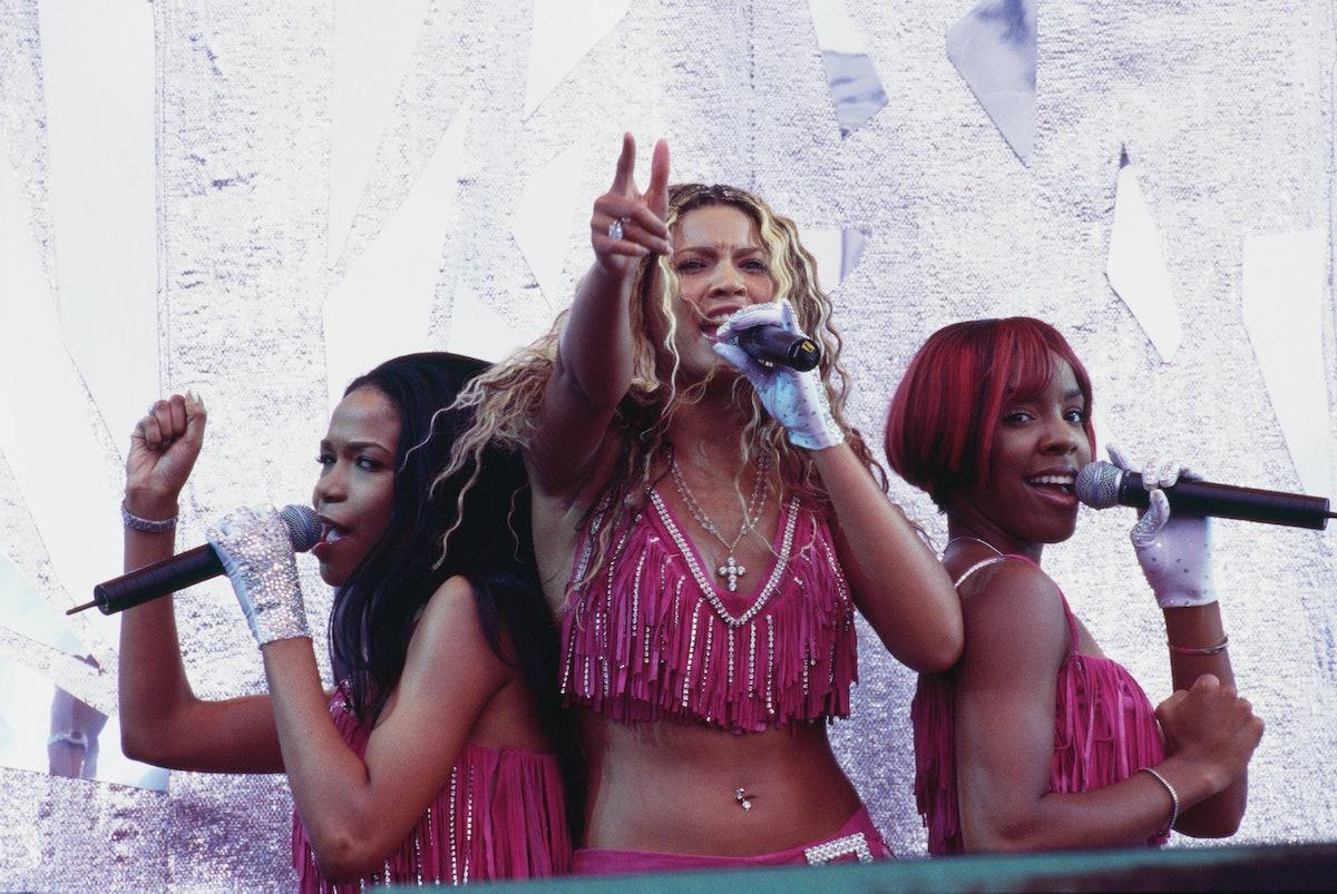 Destiny's Child lyrics can make great Y2K-inspired captions for social media.