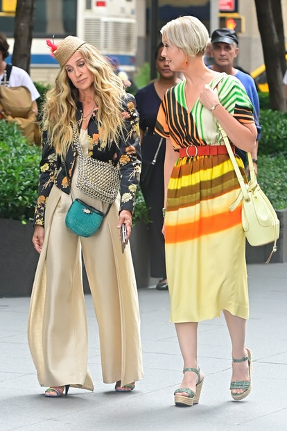 """NEW YORK, NY - JULY 26:  Sarah Jessica Parker and Cynthia Nixon are seen on the set of """"And Just Lik..."""