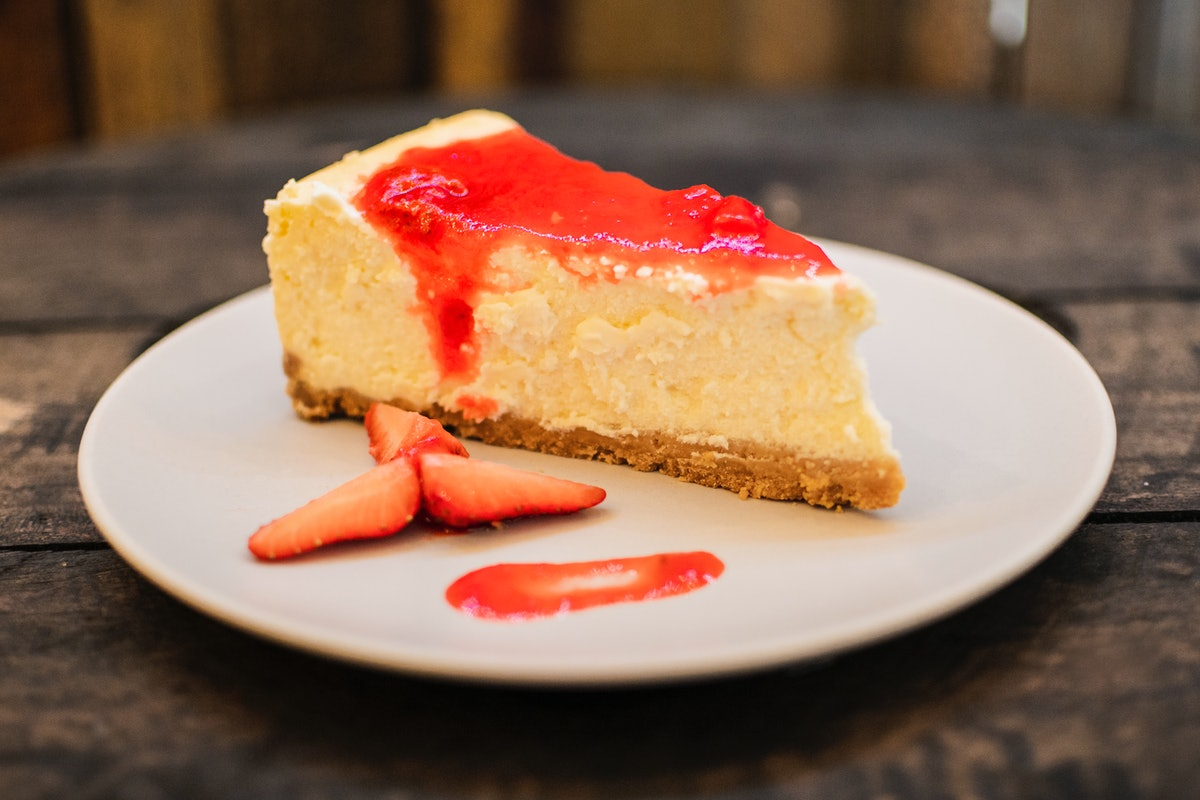 These National Cheesecake Day 2021 deals on July 30 include so many fan-fave stops.
