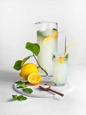 Creamy lemonade is a simple drink.
