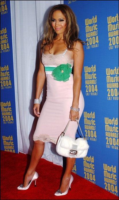 UNITED STATES - SEPTEMBER 16:  Jennifer Lopez at The sixteenth World Music Award in Las Vegas, Unite...