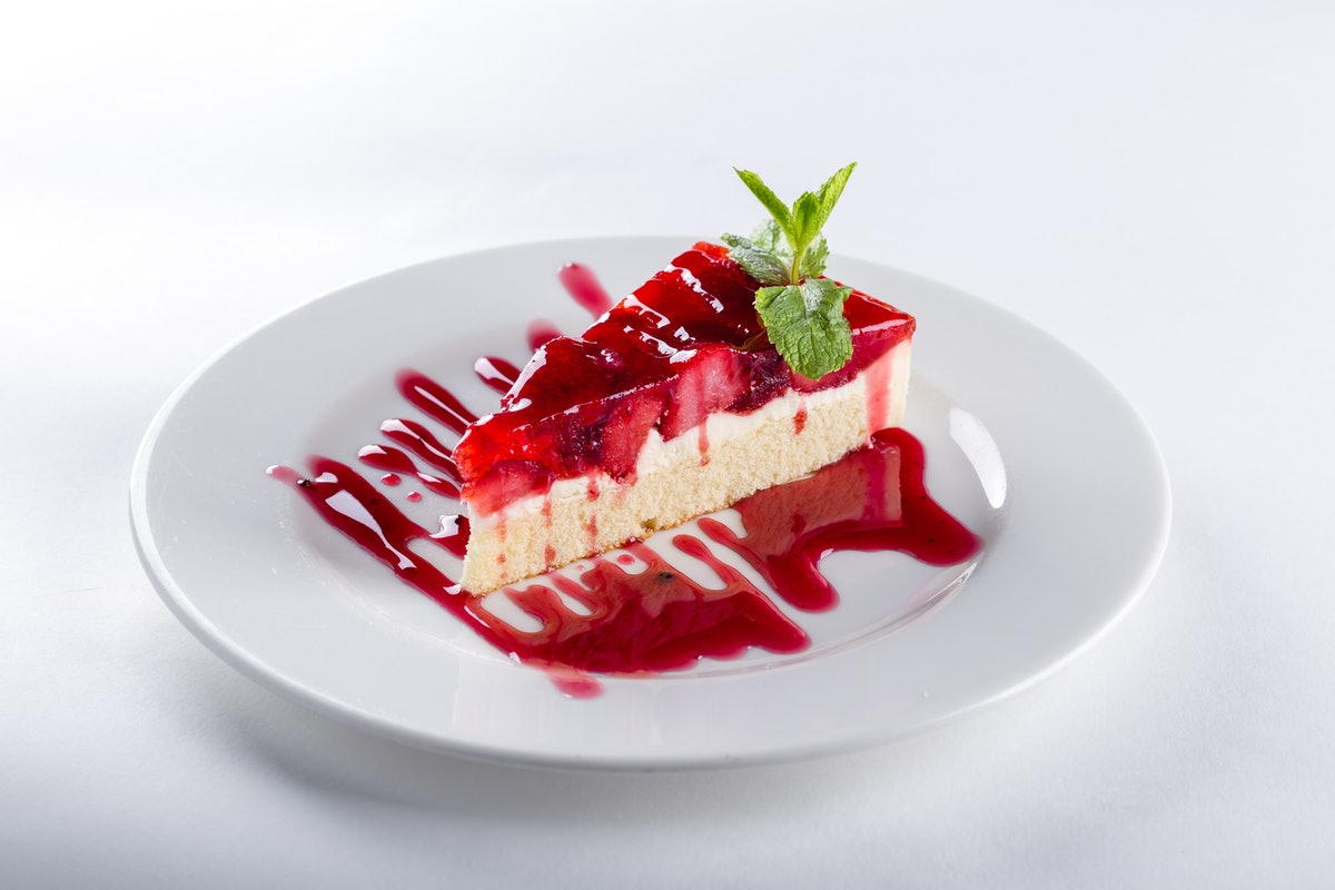 These National Cheesecake Day 2021 deals include $10 off on July 30.