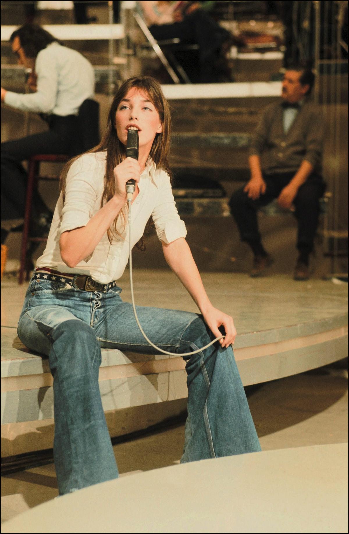 Jane Birkin wearing jeans in 1991