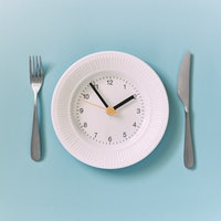 Two signs intermittent fasting is working, according to devotees