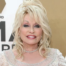 NASHVILLE, TENNESSEE - NOVEMBER 13: (FOR EDITORIAL USE ONLY)  Dolly Parton attends the 53nd annual C...