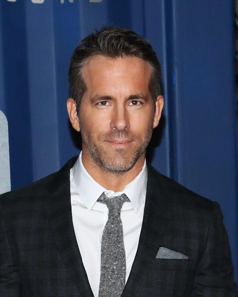 """NEW YORK, NEW YORK - DECEMBER 10: Ryan Reynolds attends Netflix's """"6 Underground"""" New York Premiere ..."""