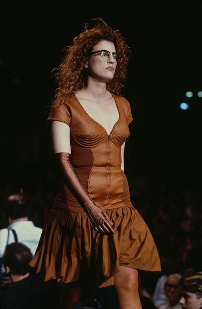 Jean-Paul Gaultier fashion show, Prêt-à-Porter, Spring-summer 1987 collection in Paris on October 20, 1986, France.  (Photo by Daniel SIMON / Gamma-Rapho via Getty Images)