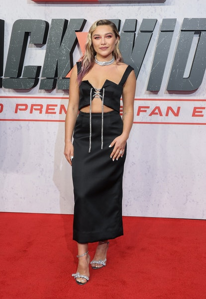 "LONDON, ENGLAND - JUNE 29: Florence Pugh attends the ""Black Widow"" UK Film Premiere at Cineworld Lei..."