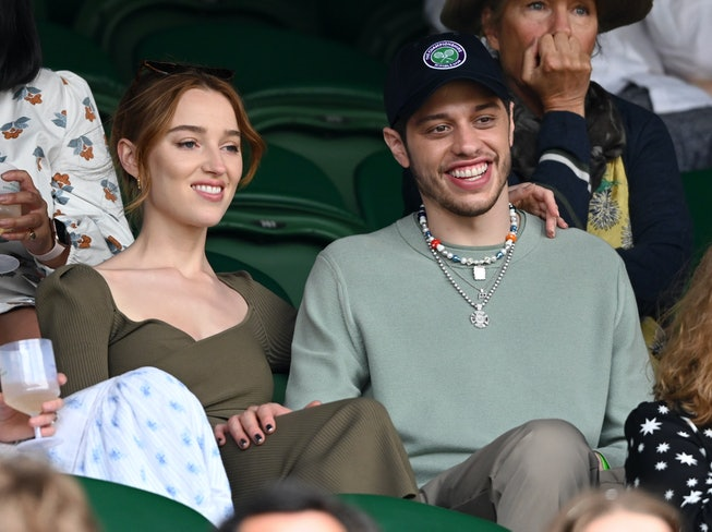 LONDON, ENGLAND - JULY 03: Phoebe Dynevor and Pete Davidson hosted by Lanson attend day 6 of the Wim...