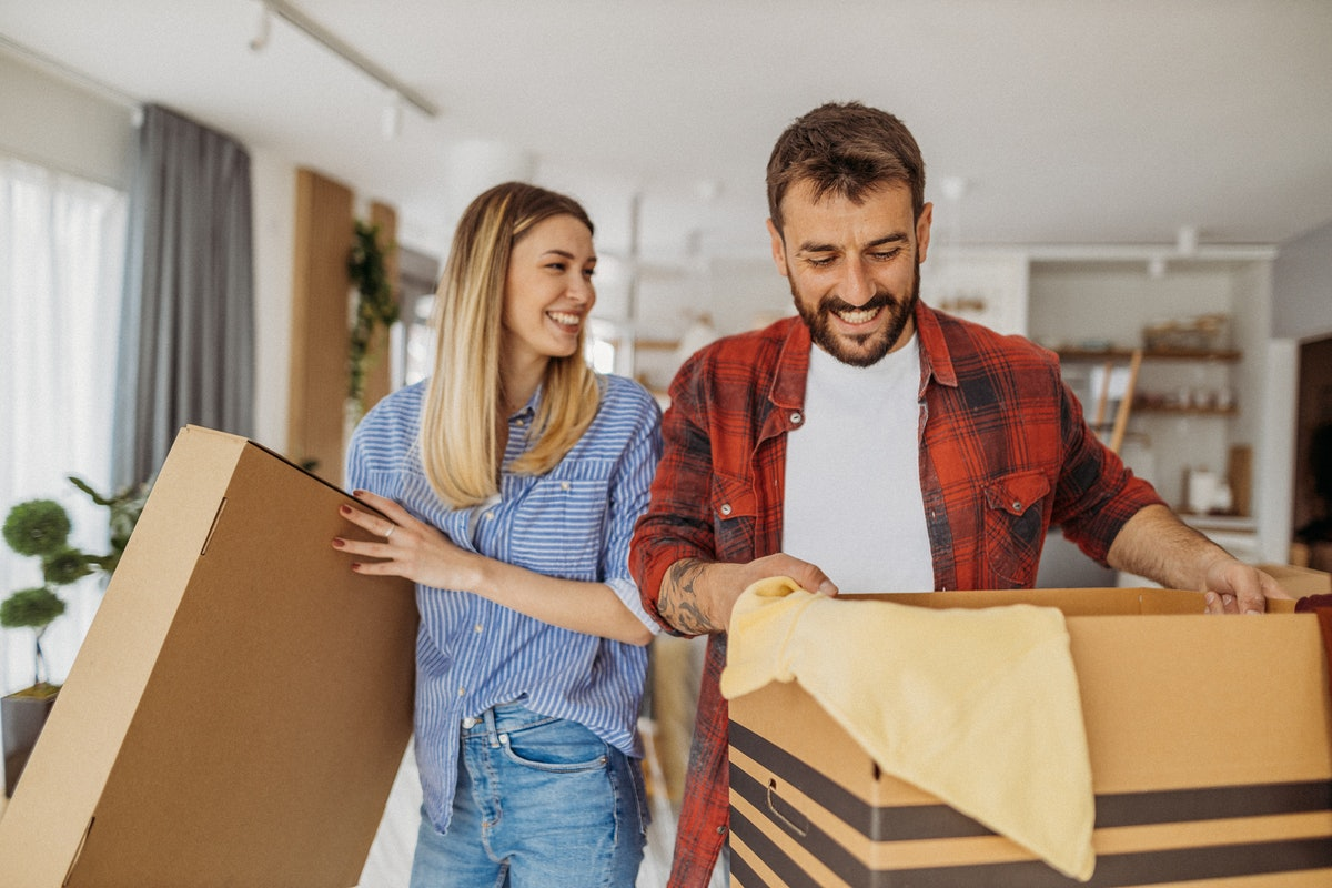 If you and your boyfriend disagree on moving in together, here's how to handle it.