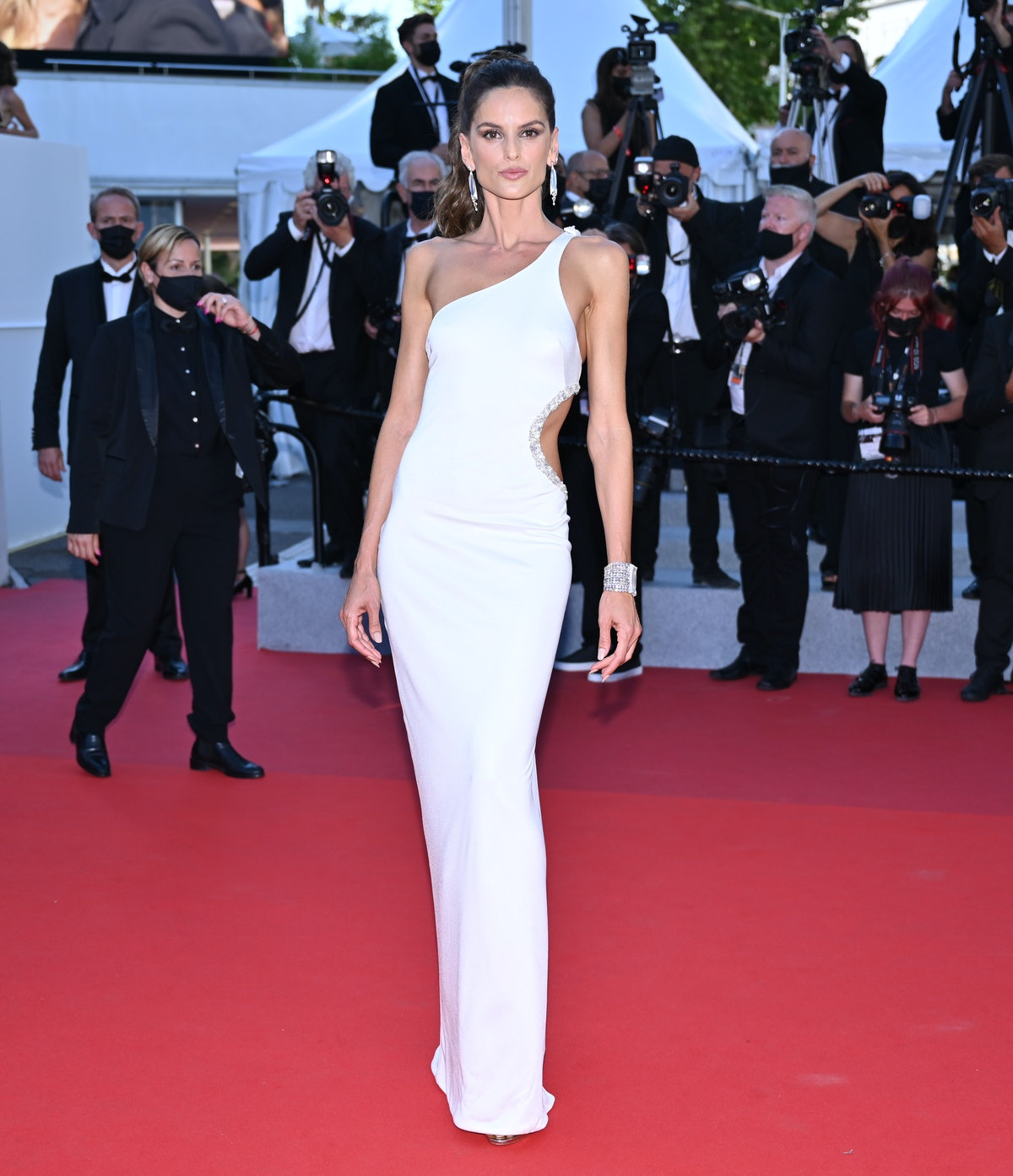 CANNES, FRANCE - JULY 09: Brazilian model Izabel Goulart arrives for the screening of The film âBenedetta' in the competition at the 74th annual Cannes Film Festival in Cannes, France on July 09, 2021 (Photo by Mustafa Yalcin/Anadolu Agency via Getty Images)