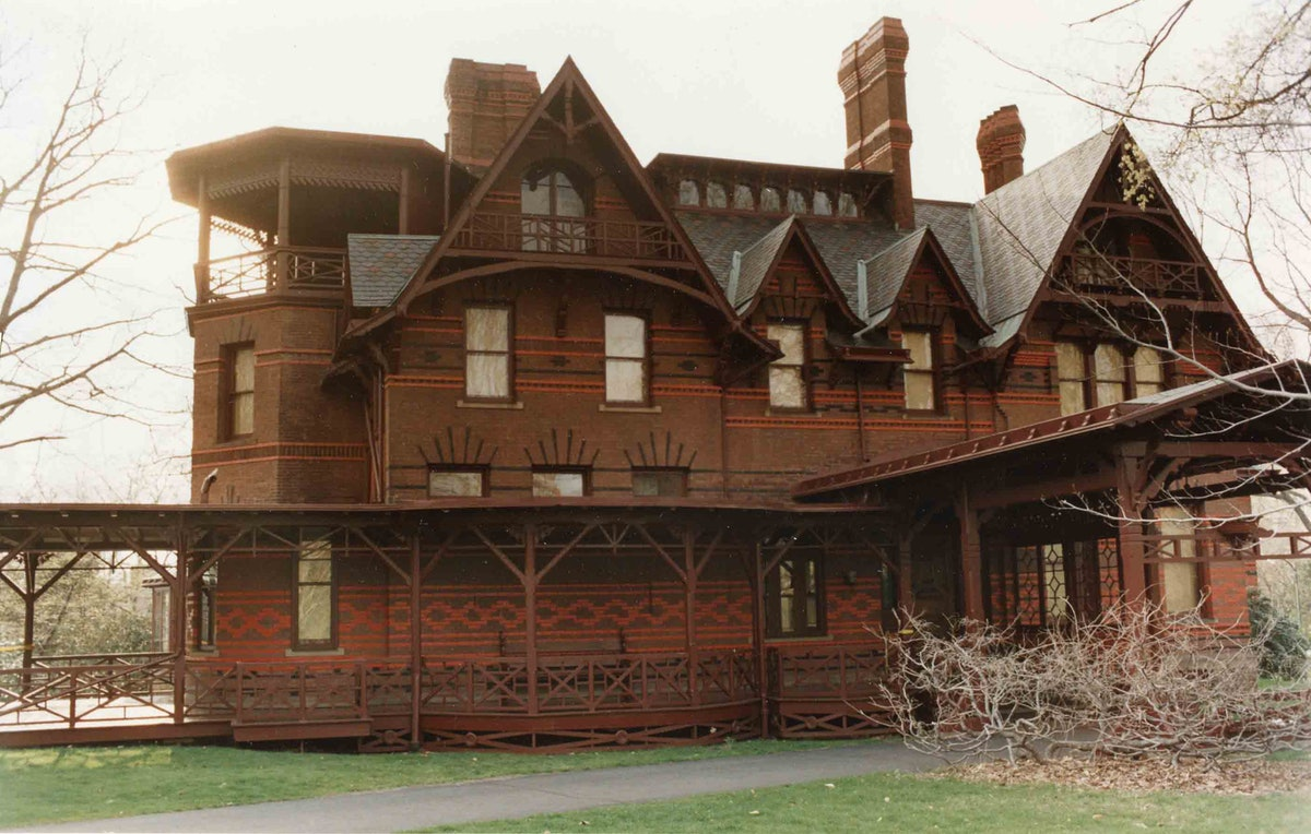 The Mark Twain House and Museum is where Amy Sherman-Palladino was visiting while in Connecticut.