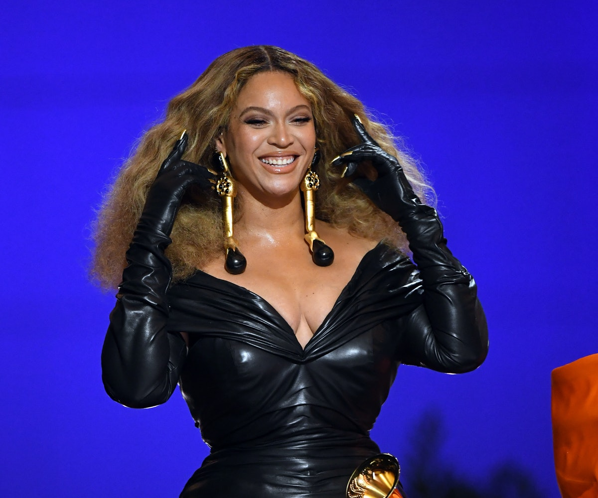 LOS ANGELES, CALIFORNIA - MARCH 14: Beyoncé accepts the Best Rap Performance award for 'Savage' onst...