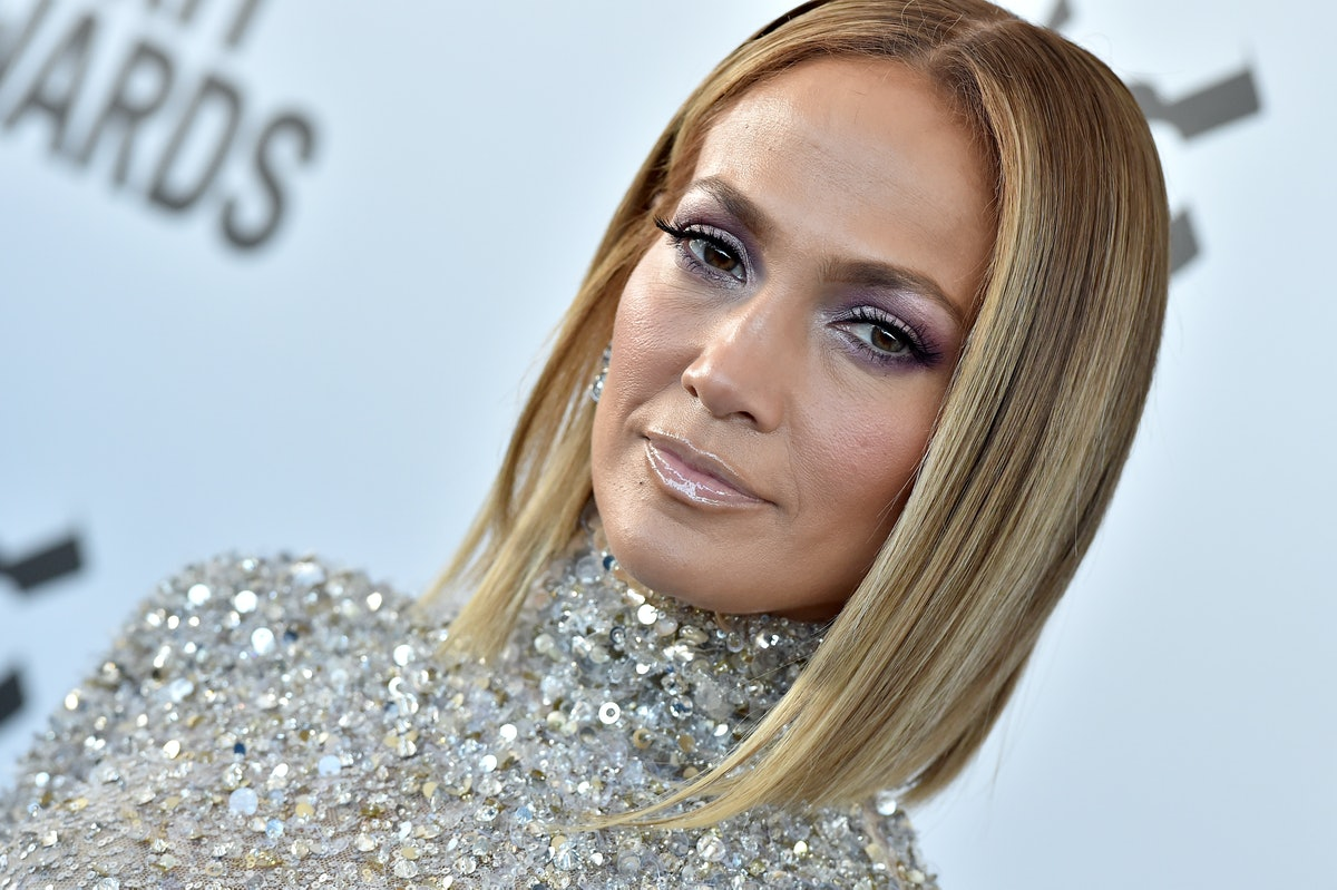 Jennifer Lopez deleted all the photos of Alex Rodriguez from her Instagram grid.