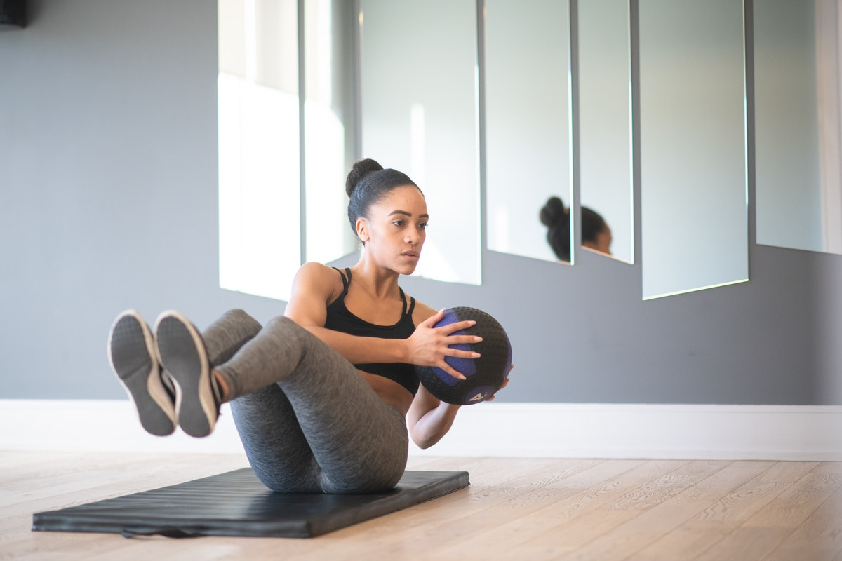 You can do all types of medicine ball workouts to strengthen the entire body.