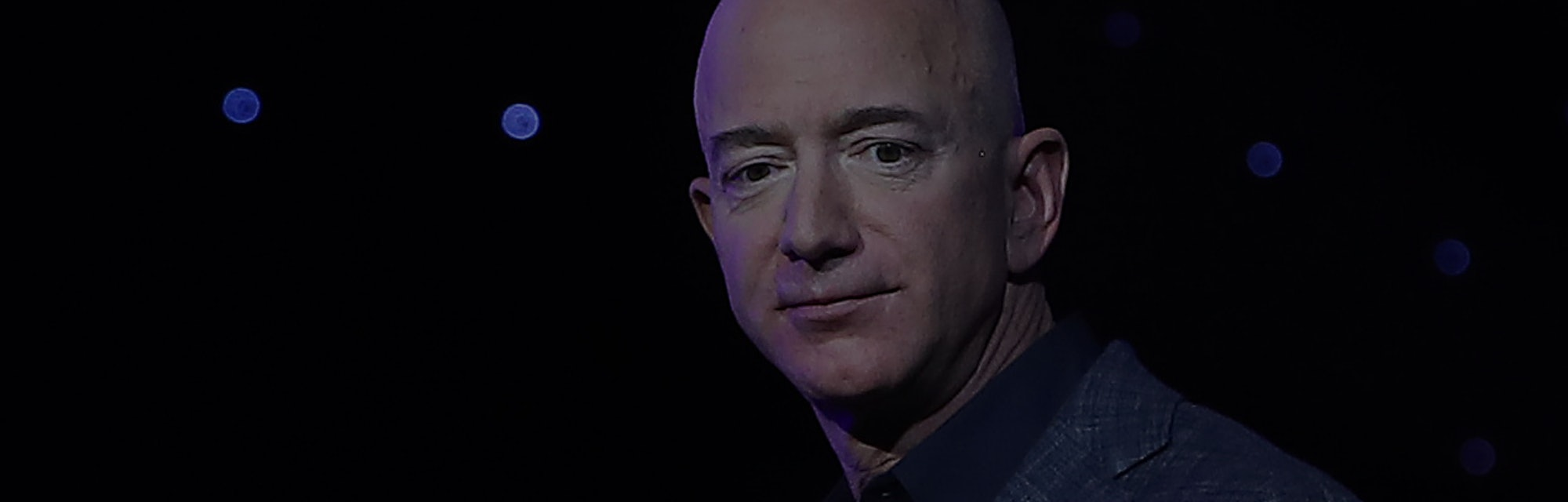 WASHINGTON, DC - MAY 09: Jeff Bezos, owner of Blue Origin, introduces a new lunar landing module cal...