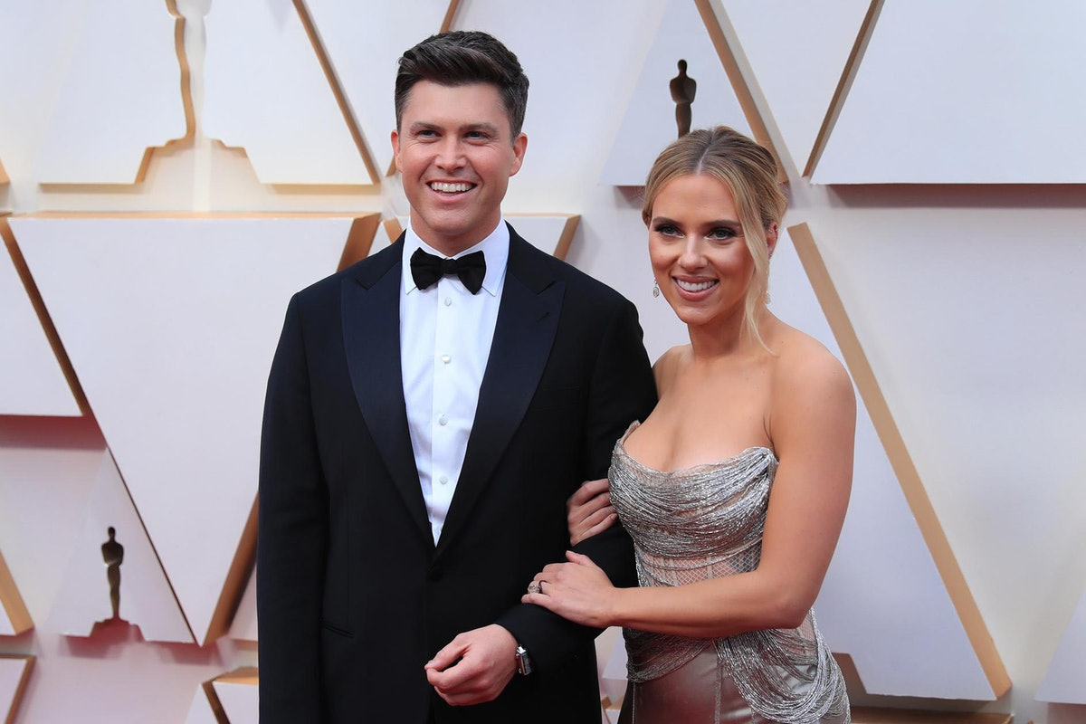LOS ANGELES, Feb. 9, 2020 -- Scarlett Johansson R and Colin Jost arrive for the red carpet of the 92...
